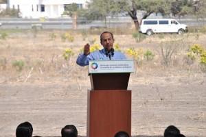 Anuncia Felipe Calderón que en el mes de marzo se licitará el ferroférico