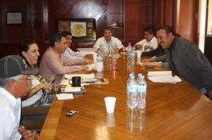 Despide ayuntamiento a otros dos funcionarios  en Villagrán