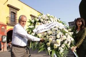 Comenzó con una ofrenda floral en el monumento al padre de la patria en Dolores Hidalgo