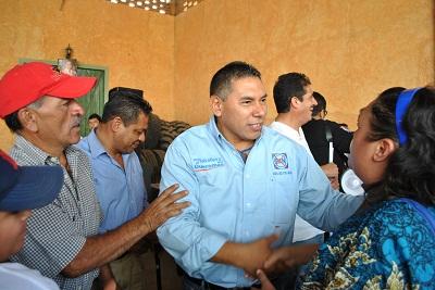 Rito Vargas inicia con propuestas su campaña