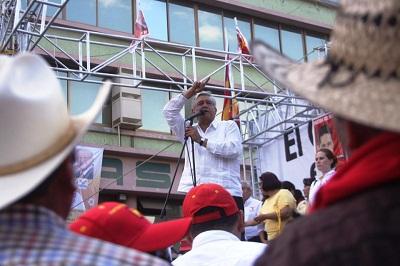 Ante más de 8 mil personas AMLO aseguró que en Guanajuat el PAN robó 300 mil votos