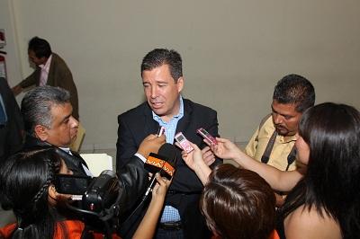 Serán revisados los currículos presentados para participar en el servicio público estatal: Miguel Márquez.