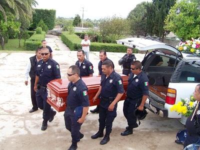 Personal operativo y coordinadores de las distintas áreas de la corporación acudieron al entierro.