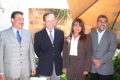 El alcalde electo Ismael Pérez Ordaz dio a conocer otros seis funcionarios