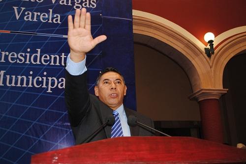 Rito Vargas Varela toma protesta como presidente municipal de Salvatierra