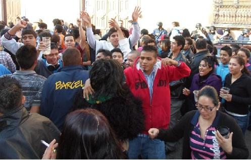Un muerto y varios heridos en la alborada 2012