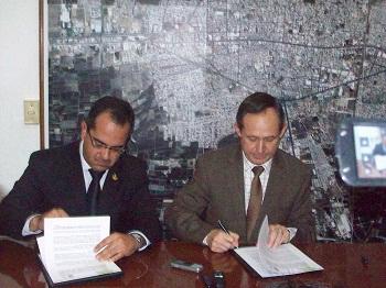 Alcalde de Celaya firma de un convenio de colaboración con PEDH