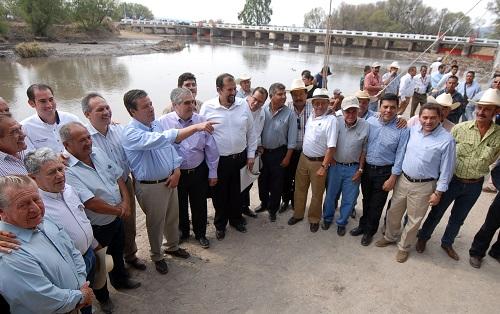 Apuesta Gobierno del Estado a la modernización del campo, ejemplo de ello es el incremento en un 43 por ciento al presupuesto 2013 para el desarrollo agropecuario de Guanajuato: Mandatario Estatal.