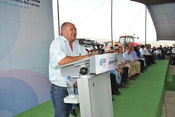 Ricardo Rosas titular del Distrito de Riego 011 dijo que se benefician 23 mil 486 productores