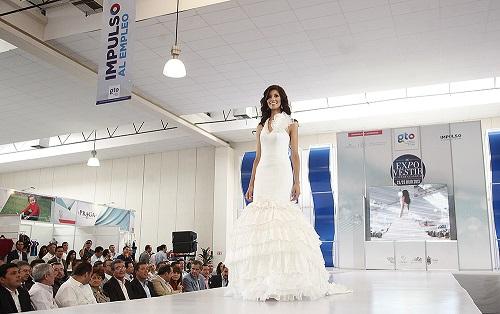 Con este evento, se busca impulsar el resurgimiento de la industria textil en la entidad.