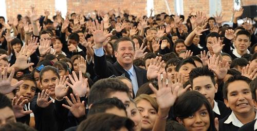Regresan a clases más de un millón 300 mil niños y jóvenes guanajuatenses.