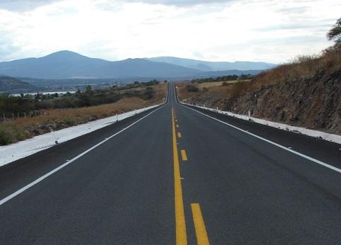 Fue en el tramo de la comunidad de Parangarico donde se suscitó el percance.