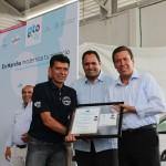 A la entrega del material acudió el Gobernador del Estado, Miguel Márquez Márquez; el Alcalde