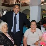 El Presidente Municipal de Salvatierra Rito Vargas Varela en compañía de su esposa la Sra. Carolina González Mora, Presidenta del Sistema Municipal DIF, encabezaron el festejo del día del abuelo