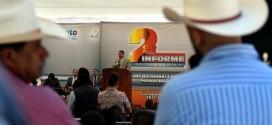 Inaugura obras el gobernador, Miguel Márquez, por 38 millones de pesos en Apaseo el Alto.