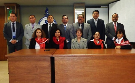 La primera generación de Doctores en Derecho de la Universidad del Centro del Bajío