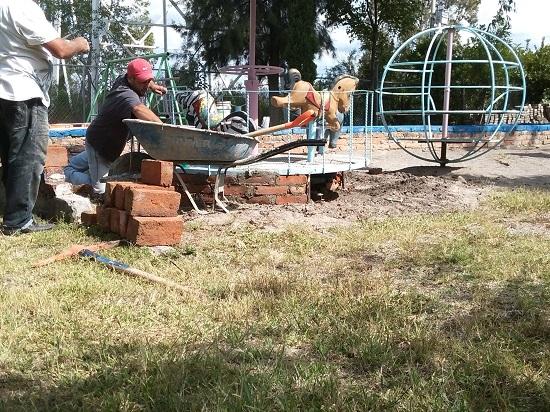 Obras Públicas inició con trabajos de mantenimiento a escuelas ya que estas se encontraban descuidadas