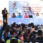 El presidente municipal José Herlindo Velázquez Fernández, Ivonne Rodríguez, presidenta del DIF municipal, disfrutaron del día de la familia en compañía de salvaterrenses