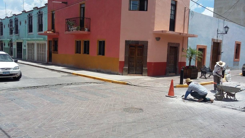 Además Manuel Albarrán, mencionó que ya se comenzaron con los trabajos de rehabilitación de la calle Juárez desde el mercado hasta la esquina de Hidalgo