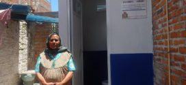 Se entregaron dos cuartos dormitorios y un baño a tres familias tarimorenses.