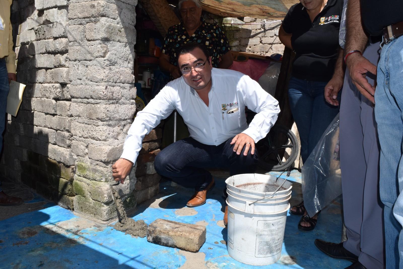 Alcántar Saucedo destacó que la construcción de estos 60 cuartos gracias una inversión federal de 2 millones 634 mil 034.20 pesos, dando atención integral a igual número de familias del municipio, como una medida eficaz para combatir el hacinamiento.