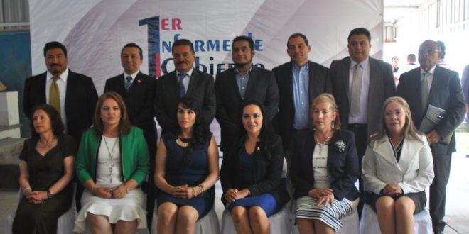 El Profesor Rafael Ramírez Tirado pronuncio su primer informe de gobierno.
