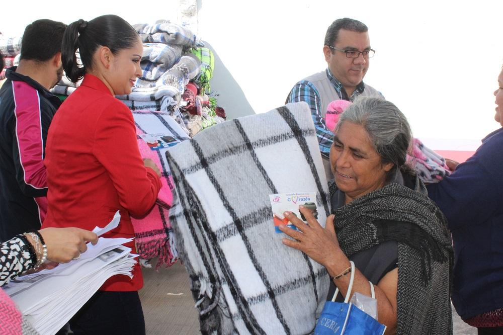 La presidenta del DIF externó que diariamente trabajan para beneficiar a la ciudadanía más vulnerable