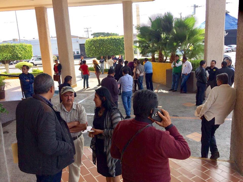 Más de 50 consejeros salieron la reunión estatal que se realizaría en Celaya, como protesta contra su dirigente Baltazar Zamudio, porque impidió el diálogo y debate de opiniones