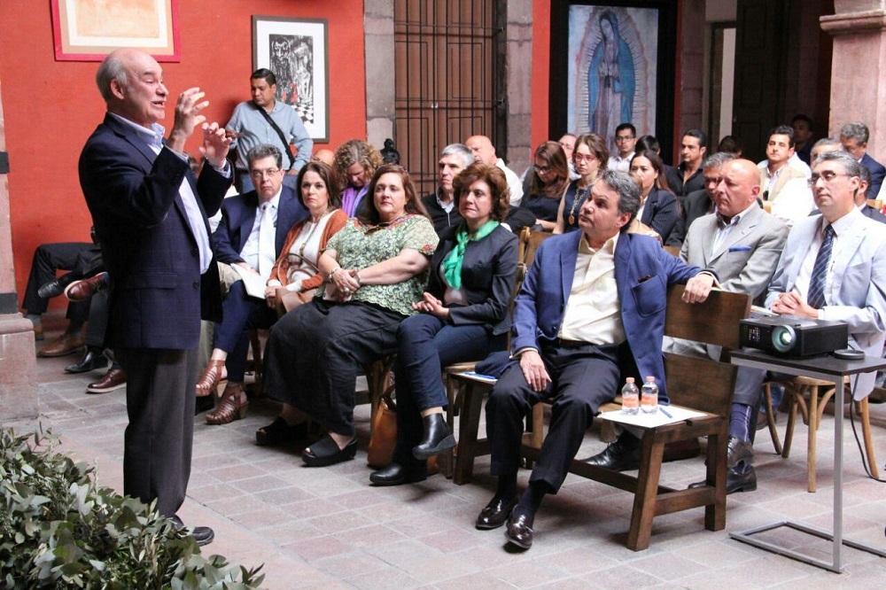 Sojo Garza Aldape dijo que el escenario que llegará, con el efecto en la presidencia de Donald Trump, es complicado para México.