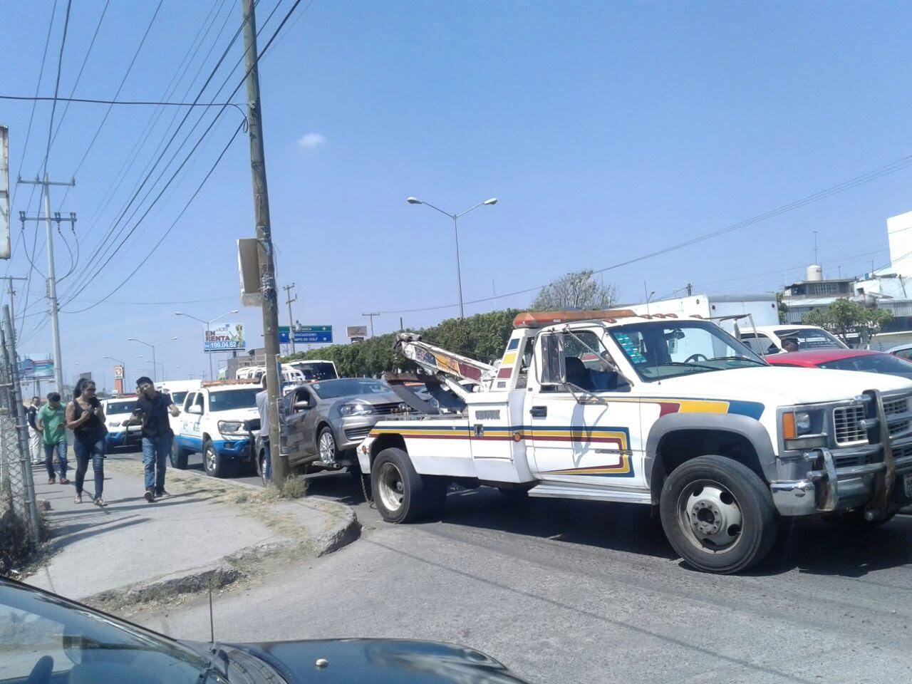 Se sumaron diez vehículos a la manifestación.