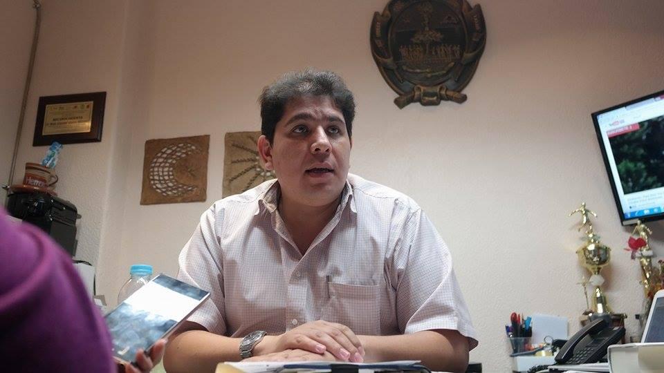 César Vázquez Rivera compareció ante el cuerpo edilicio en donde se le exigió una mayor comunicación.