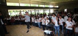 """Imparte conferencia """"proyecto de vida"""", brindada por el conferencista Alejandro Ibarrola"""