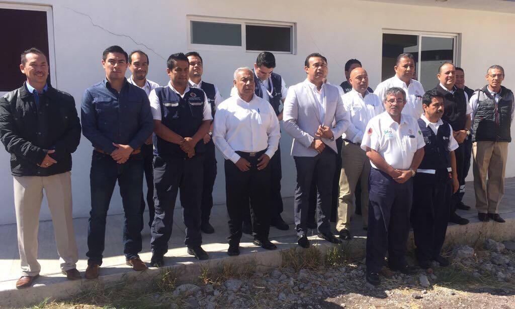 Cortazar fue sede de la reunión de titulares de PC, de cinco municipios que pertenecen a la región IV, en la que el alcalde Hugo Estefanía les pidió que cada uno haga lo mejor posible, pues es su responsabilidad proteger a los ciudadanos.