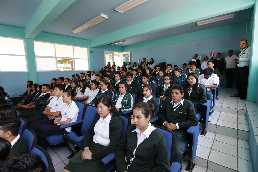 Durante este proyecto de club emprendedor las diferentes dependencias de gobierno municipal estarán apoyando para que este repercuta satisfactoriamente en todos los alumnos.