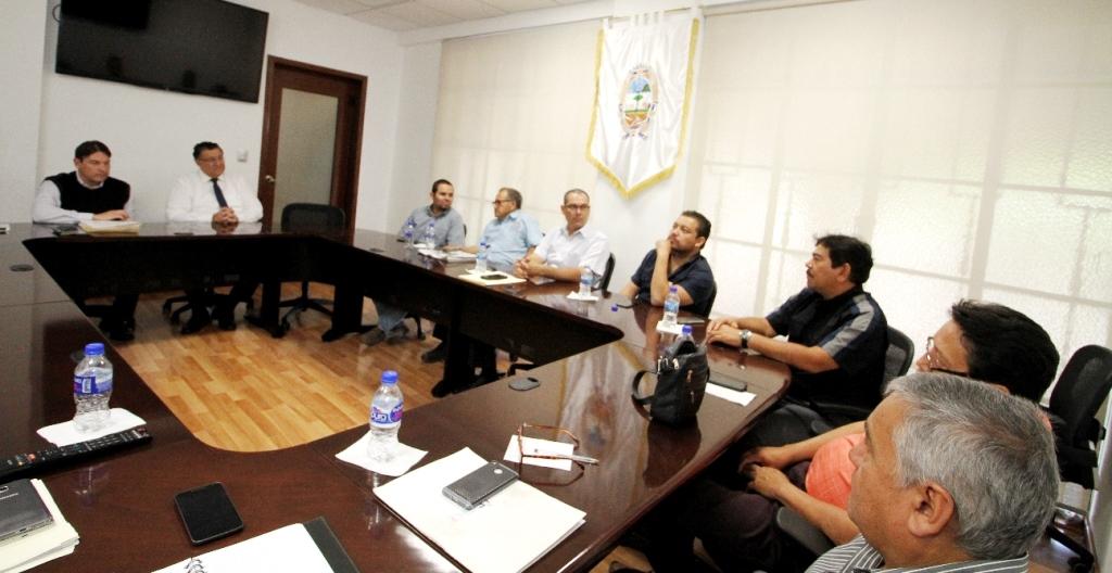 """El corresponsal de Guanajuato Sur Noticias pidió al equipo de comunicación social de la presidencia municipal, una entrevista con el director de Movilidad y Transporte, misma que fue negada bajo el argumento de que más tarde enviarían una """"postura oficial"""" en un comunicado de prensa."""