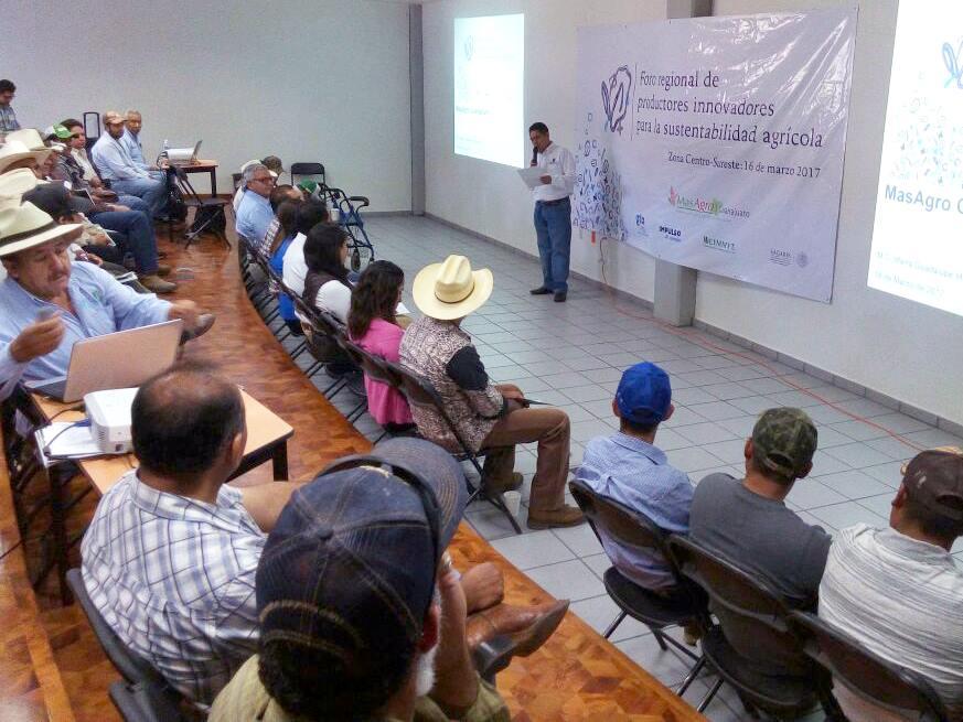 En el evento se abordó el trabajo de MasAgro a nivel nacional como un modelo de producción sustentable de granos que invita a la innovación, a la integración de la cadena agroalimentaria mediante la generación de capacidades a través de la asistencia técnica.