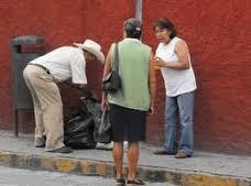 El servicio no se cancelara se pide a la población no dejar su basura en la calle fuera del horario de recolección.
