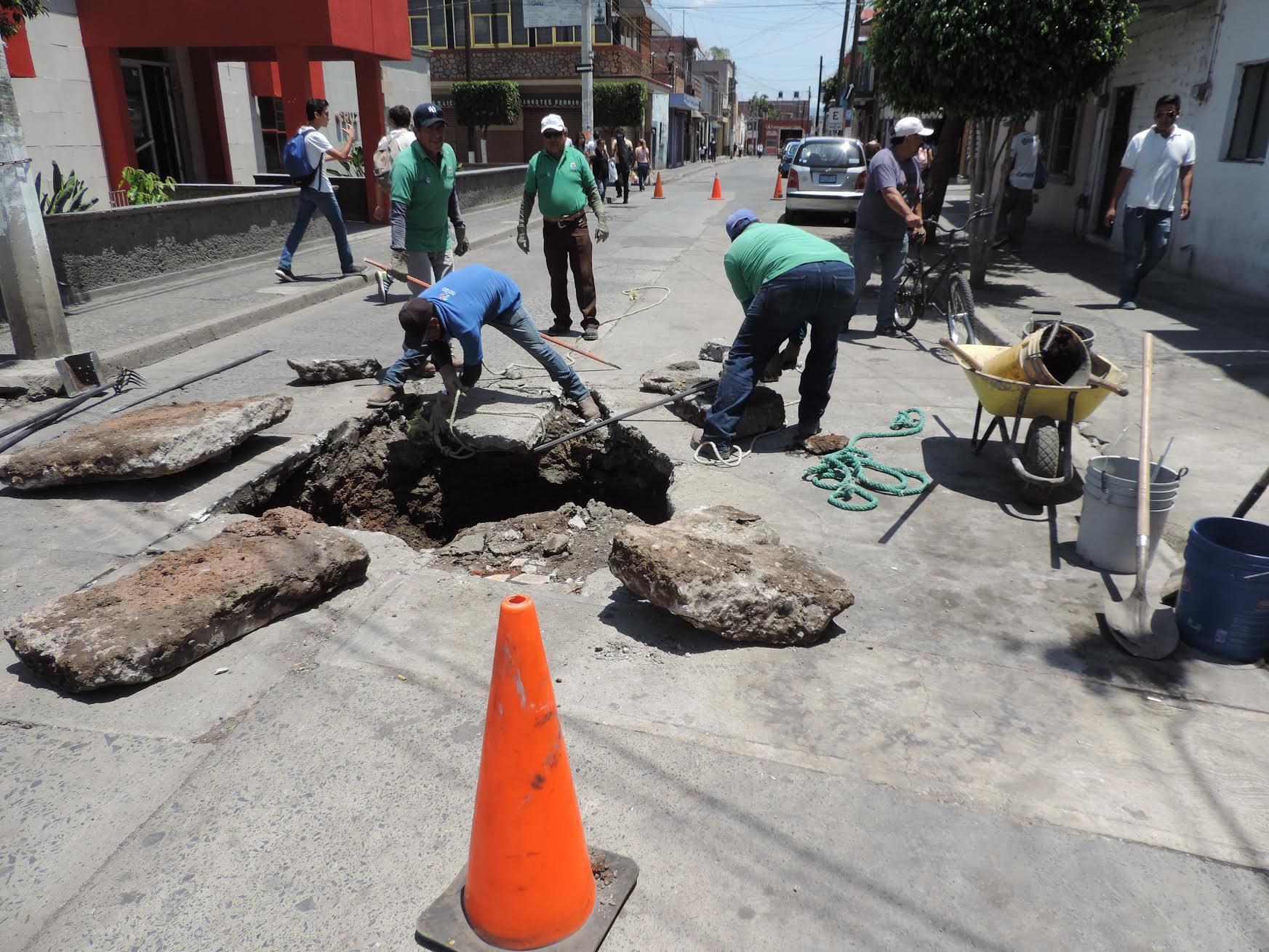 El municipio dispone de medio millón de pesos para bachear diferentes calles y en avenidas y accesos de algunas comunidades.