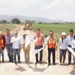 Inauguraron una vialidad, rehabilitación de los caminos de acceso a la comunidad del Toro y Cerro Prieto, además dieron el banderazo para la pavimentación en su primera etapa de la Bóveda