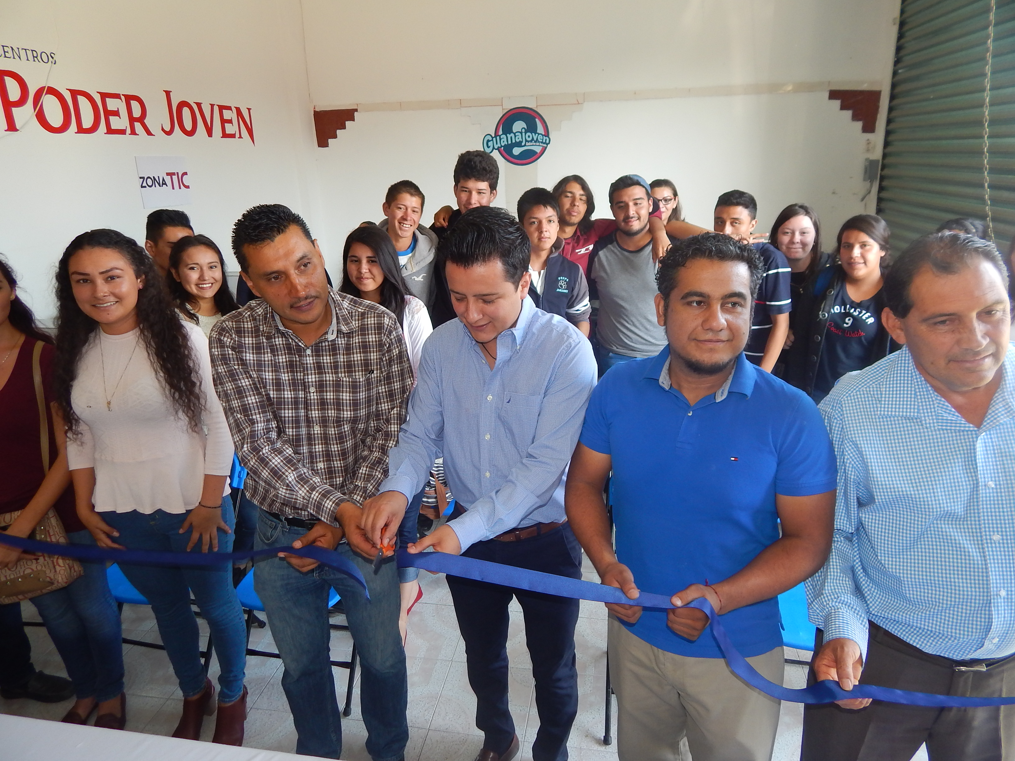 El espacio CJP está ubicado en la calle Zaragoza # 55 de cabecera municipal, es totalmente gratuito para todos los jóvenes a partir de los 12 años y estará abierto en un horario de 8:00 de la mañana a 6:00 de la tarde.