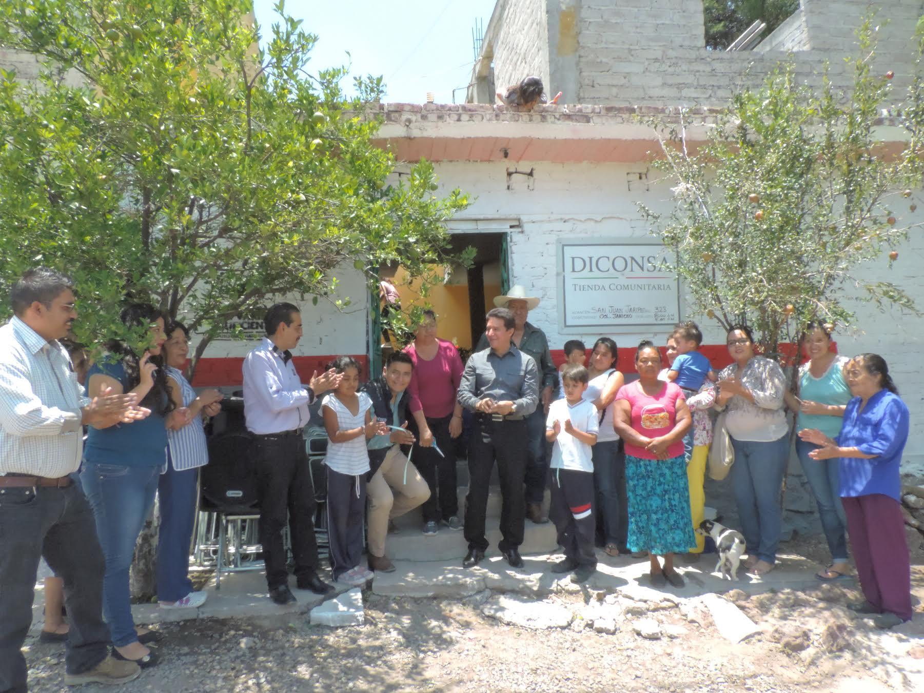En la comunidad del Sabino, se abrió la tienda LICONSA 1102810800 en el país,
