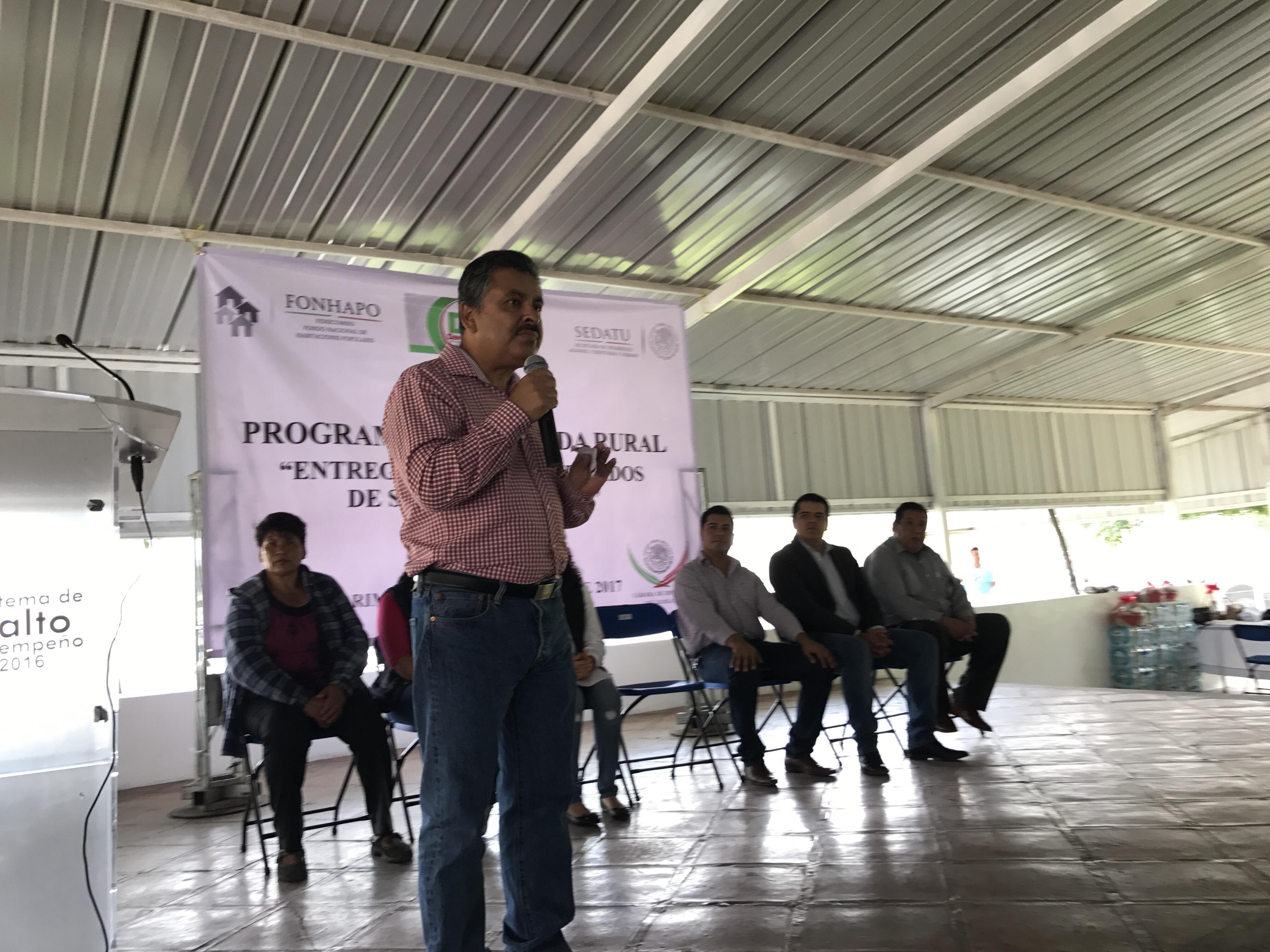 Gracias a las gestiones realizadas ante el Fondo Nacional de Habitaciones Populares (FONHAPO), el Diputado Federal David Mercado Ruiz benefició a un total de 150 familias con un cuarto adicional dentro del Programa de Apoyo a la Vivienda.