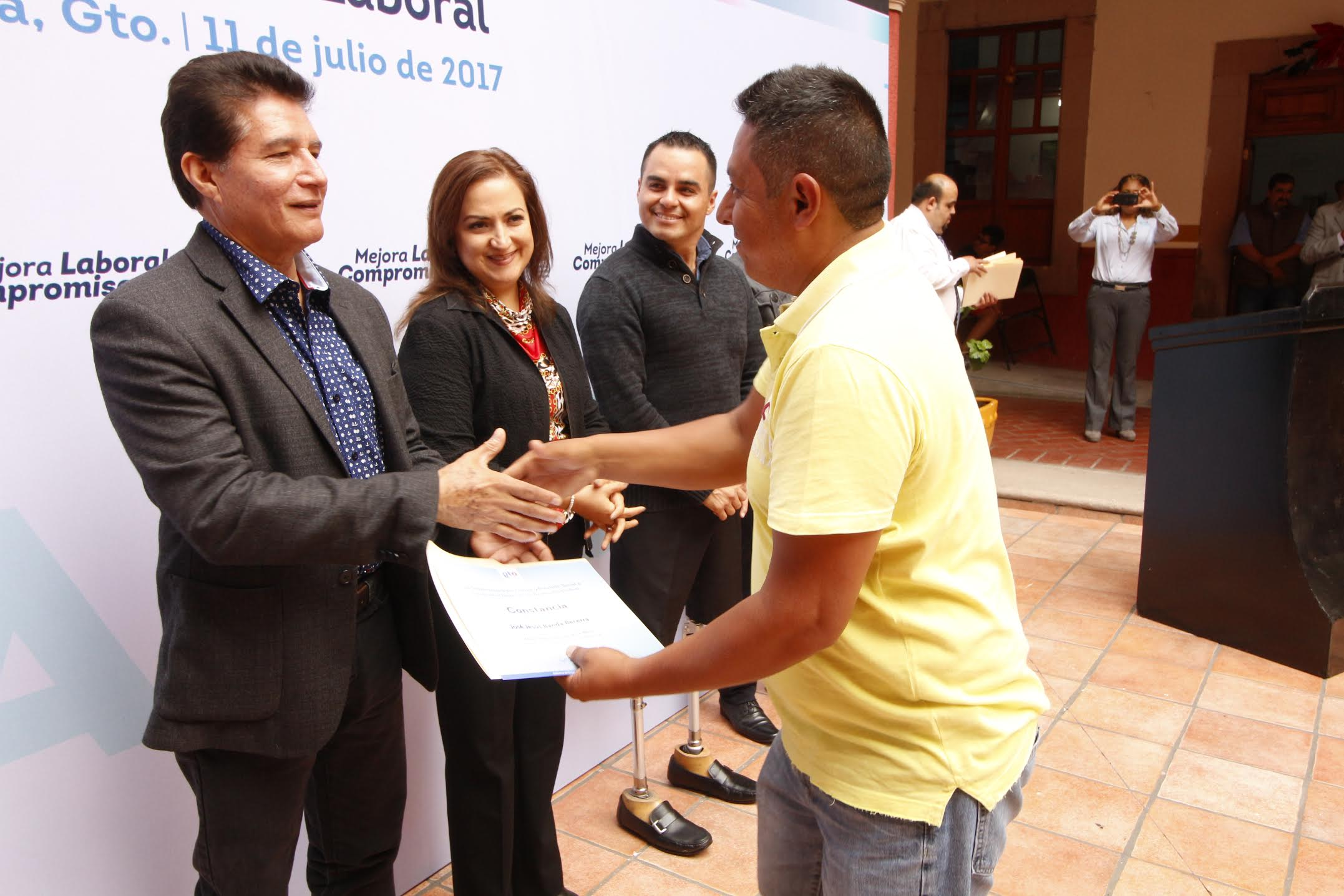 En dicha capacitación los trabajadores vieron temas sobre; como ser líder y clave de proceso de mejora y aspectos básicos del sindicato en México.