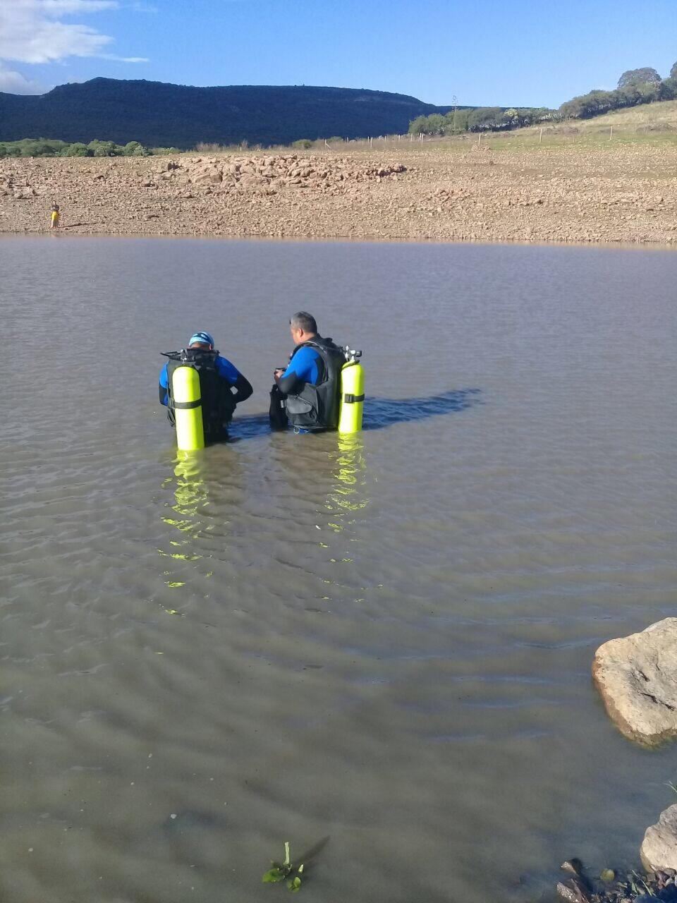 Poco después de las tres de la tarde se recibió un reporte al sistema de emergencias 911 donde se informaba sobre una persona que había caído por a las aguas de la presa del Cubo
