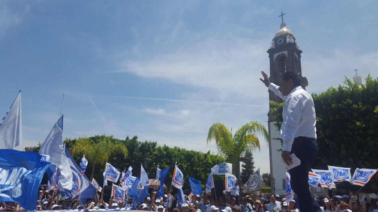 Más de mil tarimorenses participaron en el mitin.