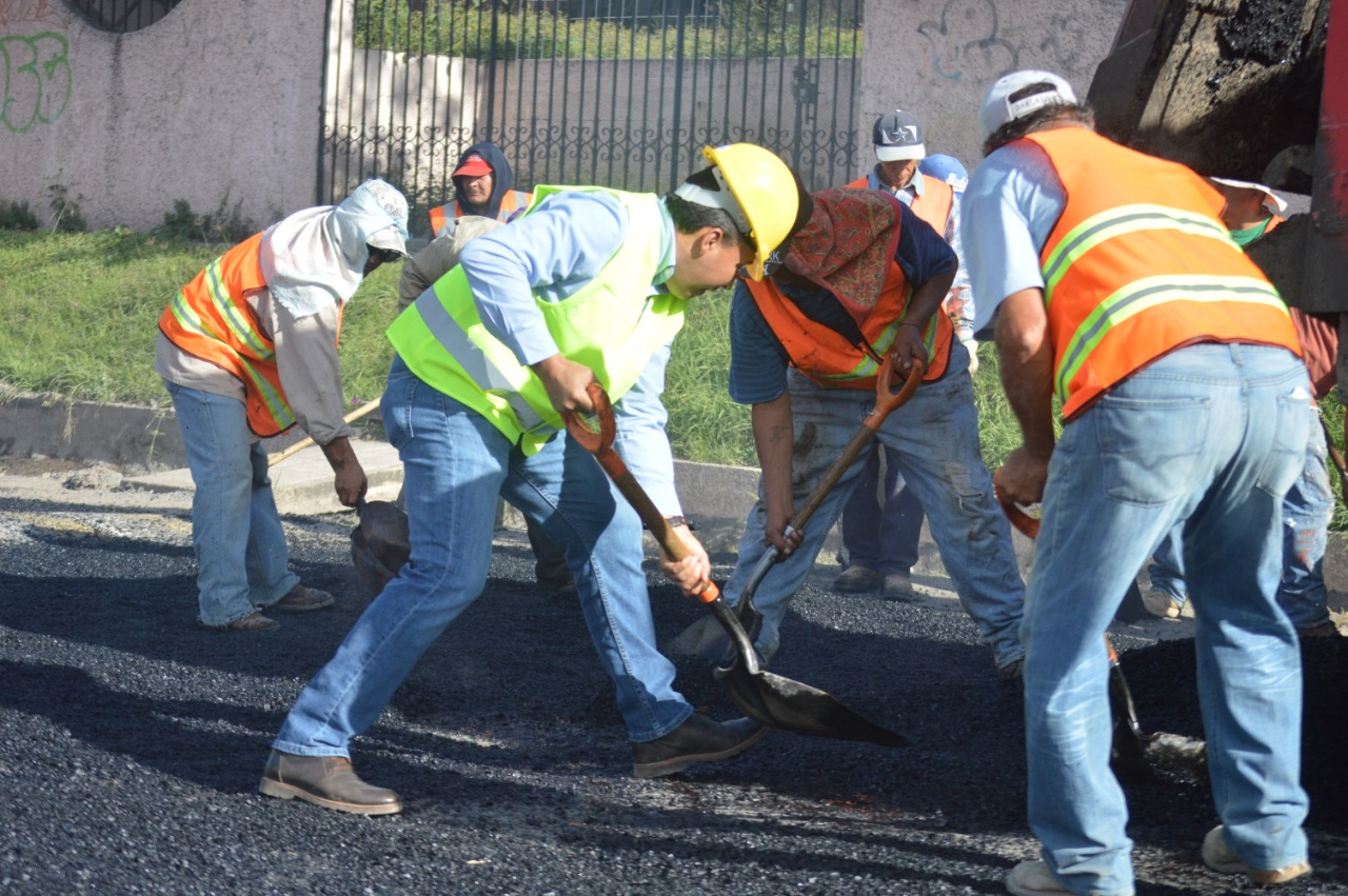 Inicia programa de bacheo, para mejoramiento de entradas y salidas de Acámbaro; los trabajos se harán con recursos directos del municipio.